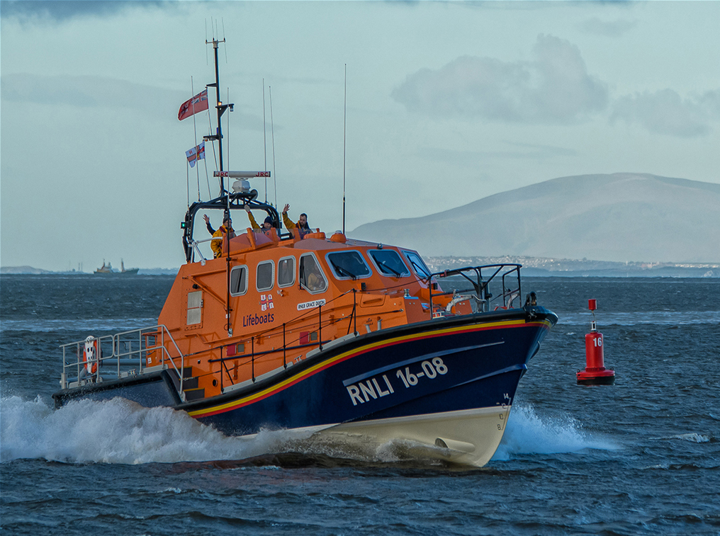 Barrow Tamar Lifeboat Visit, by Andy Wilson