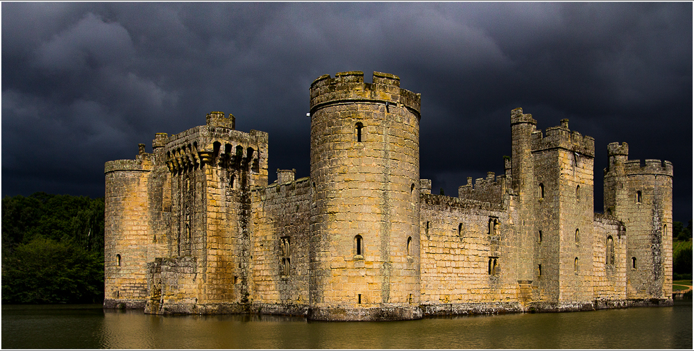 Bodium Castle, by Harry Kuxhaus